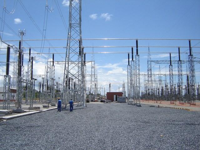 Brasil perde 20% de energia nas linhas de transmissão